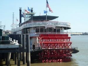 Bateau à vapeur pour mini croisière sur le Mississippi