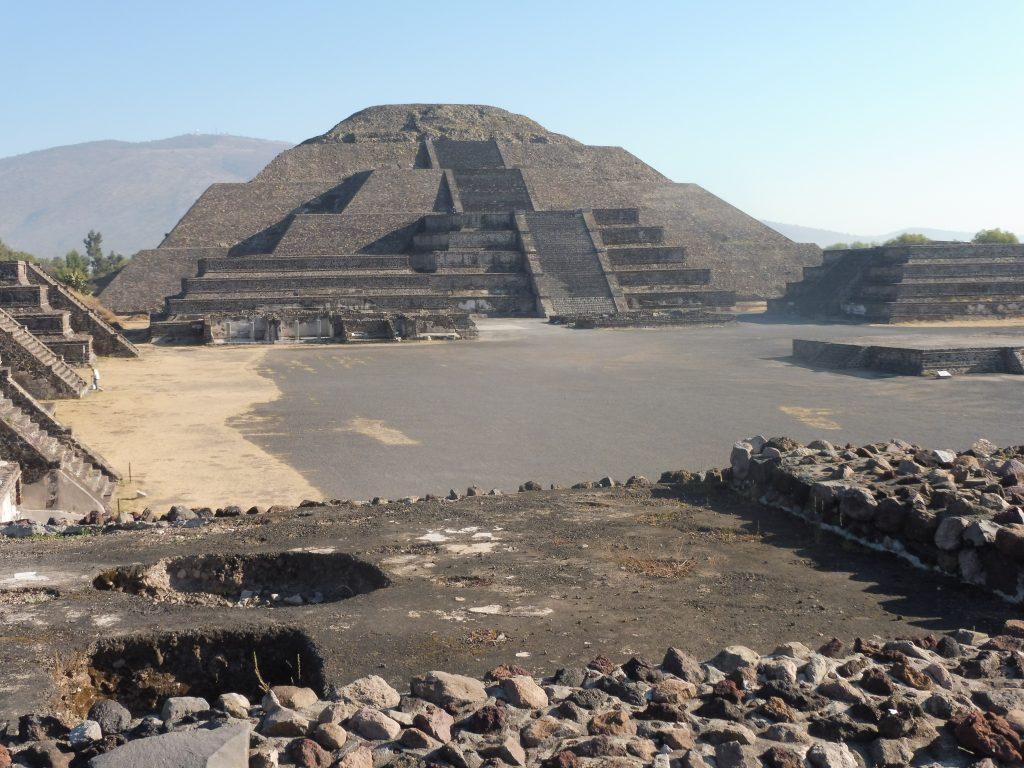 Les pyramides de Téotihuacan P1090827-1024x768